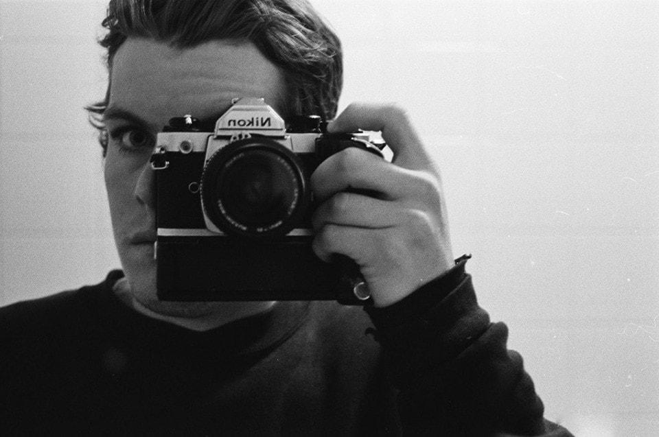 PHOTOGRAPHER MIKE O'MEALLY GETS CHROMEBALLED