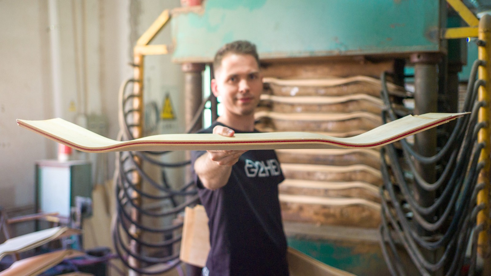 2HEX Is Revolutionizing Custom Skateboard Production