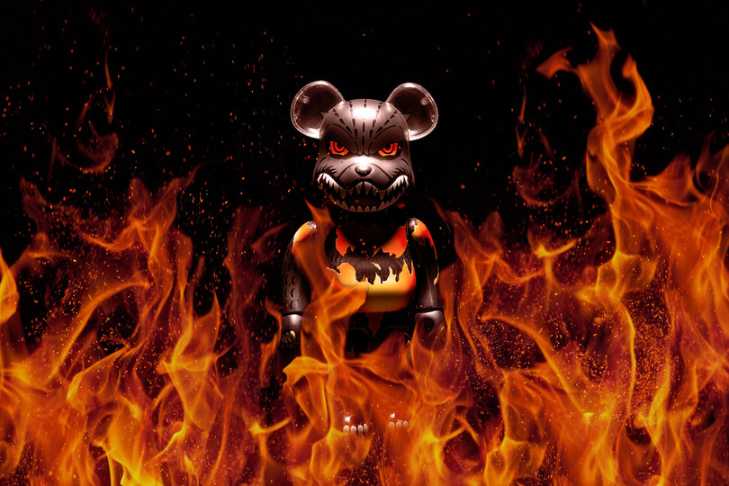 400% Godzilla Be@rbrick Desgodzi Burning Ver.