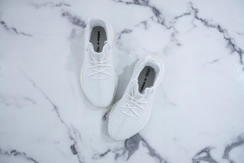"""YEEZY Boost 350 V2 """"Cream White"""" Is Now Available For Raffle"""