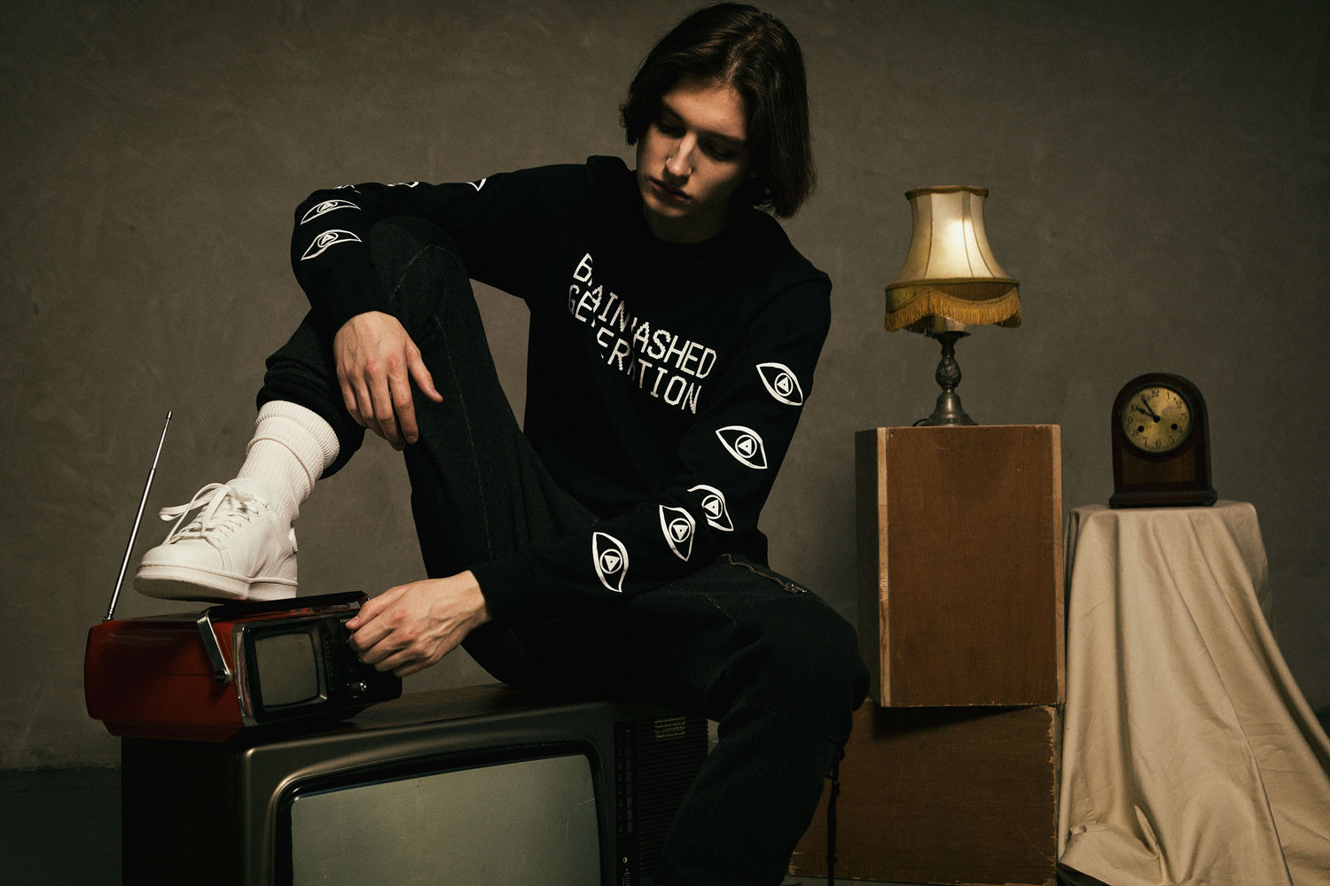 "UNDERCOVER FW17 ""Brainwashed Generation"""