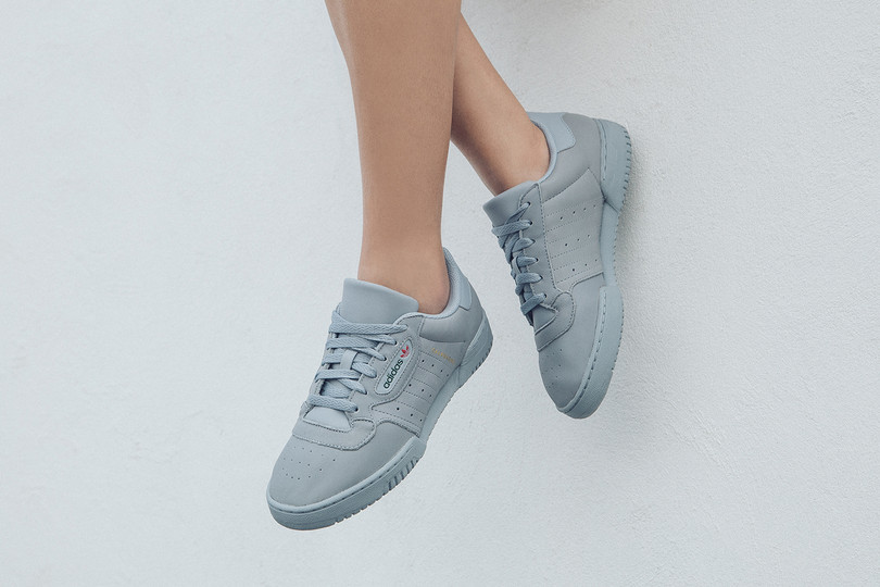 Women's Raffle: YEEZY POWERPHASE Grey