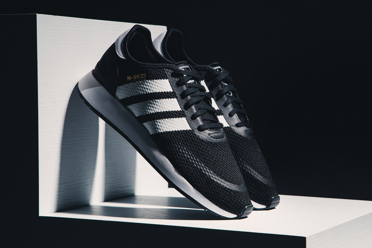 adidas Originals 復古 Iniki Runner 之進化 N-5923
