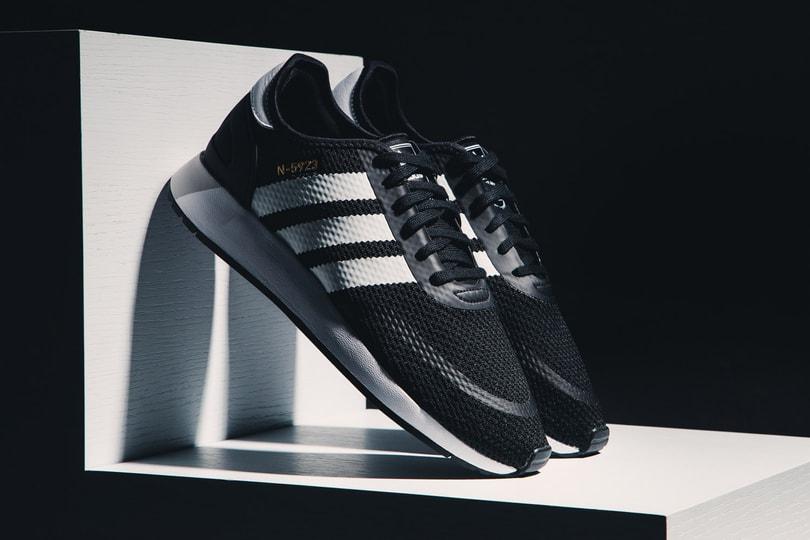 adidas Originals 复古 Iniki Runner 之进化 N-5923