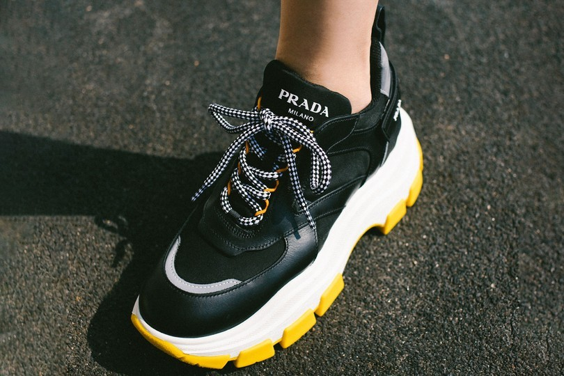 趋势: 老爸款运动鞋