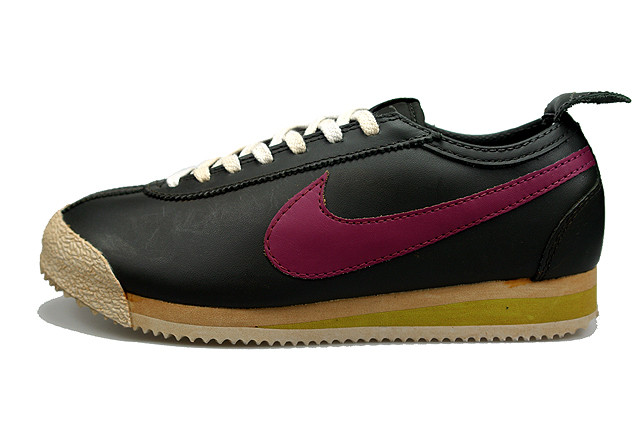 timeless design 1e034 bd6a6 With the ongoing trend from Nike to offer the vintage treatment, another  classic in the Cortez has undergone the transformation. Stained laces and  yellowed ...