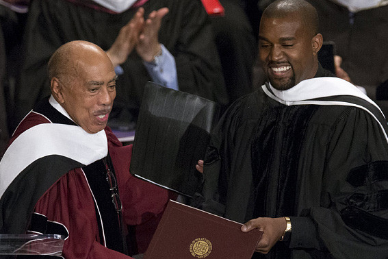 dr-kanye-west-gives-honory-doctorate-speech-at-saic-00