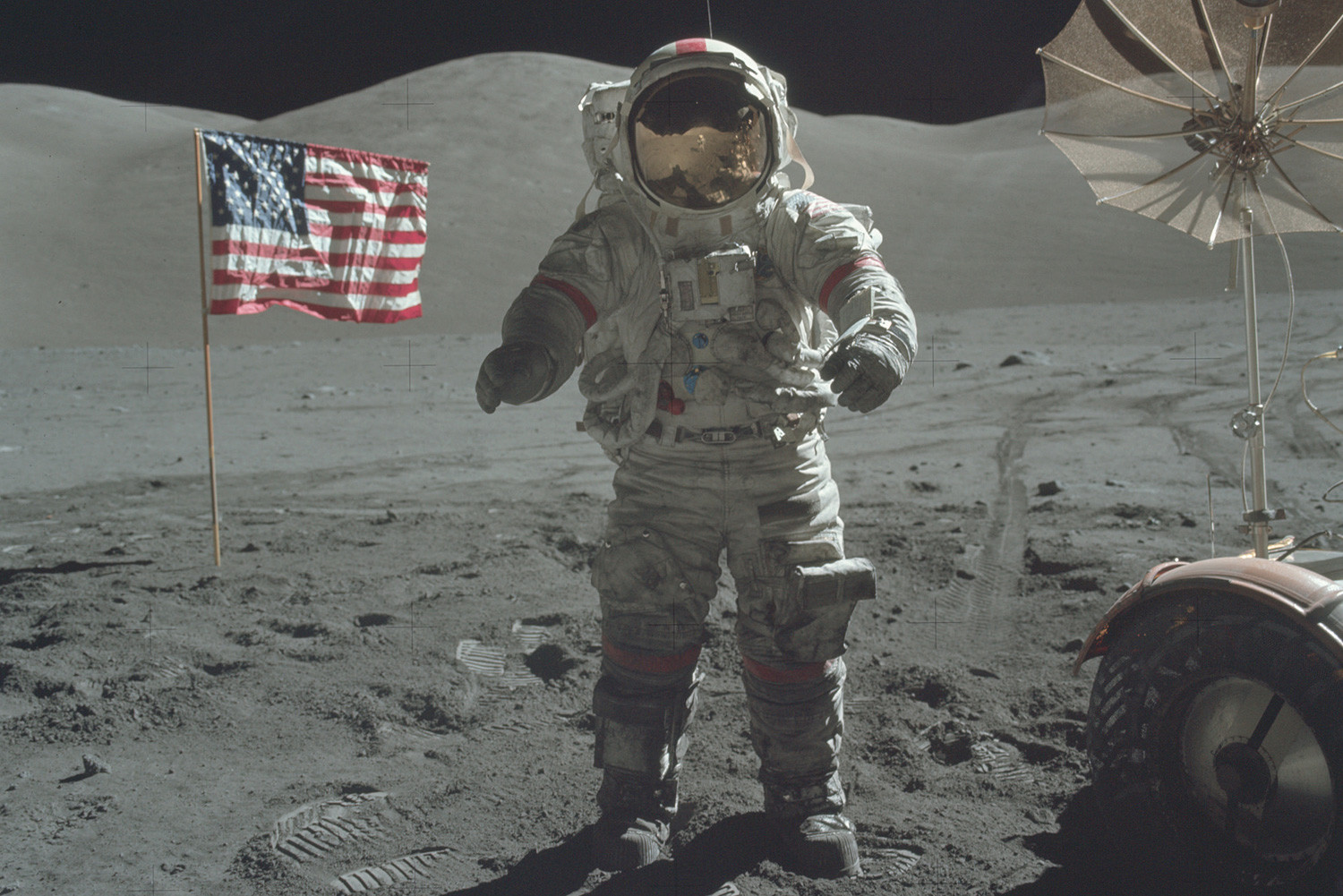 nasa-releases-moon-mission-images-00