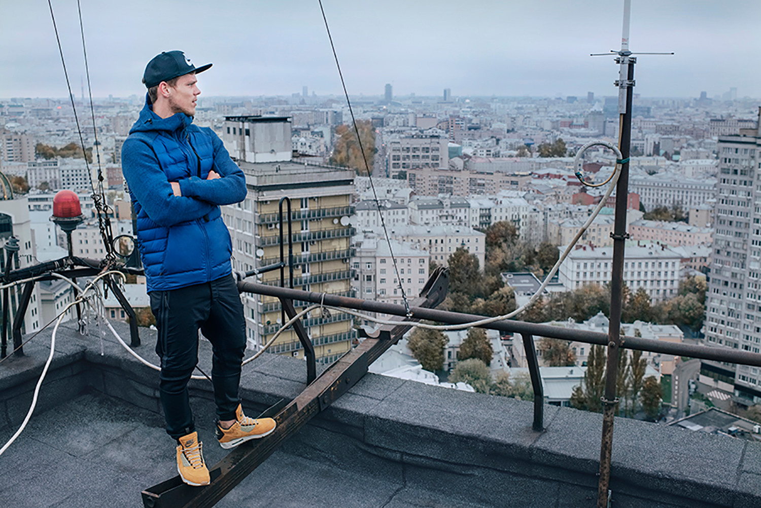 85374938c2a1 Nike Sneakerboots 2015 Fall Winter Moscow Event