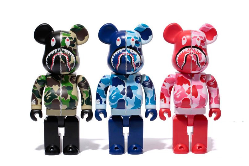 bearbrick medicom toy fdmtl fundamental be@rbrick japan tokyo denim set toy 400 100 percent % closer look unboxing collectible expensive guide plastic basic standard artist jellybean pattern flag animal horror cute