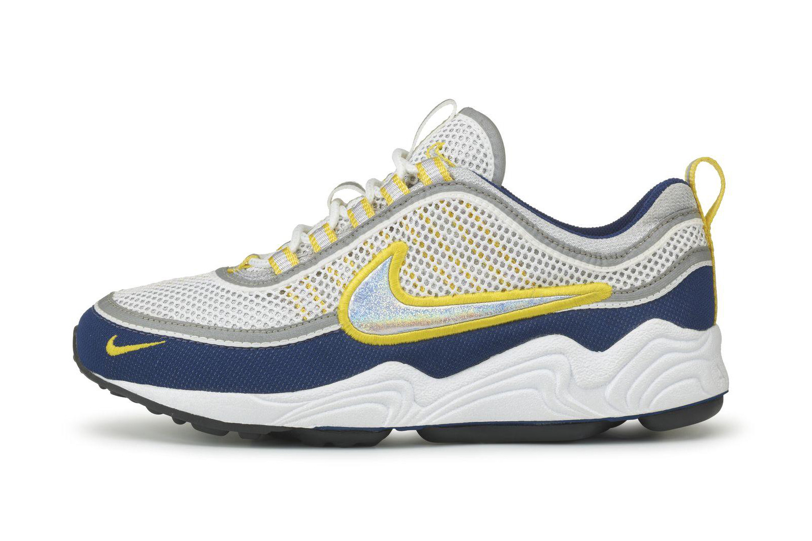 0a250476 A year later we saw the Nike Air Zoom Alpha that introduced four  anatomically-positioned pods into the Zoom Air sole unit, which stretched  the cushioning ...