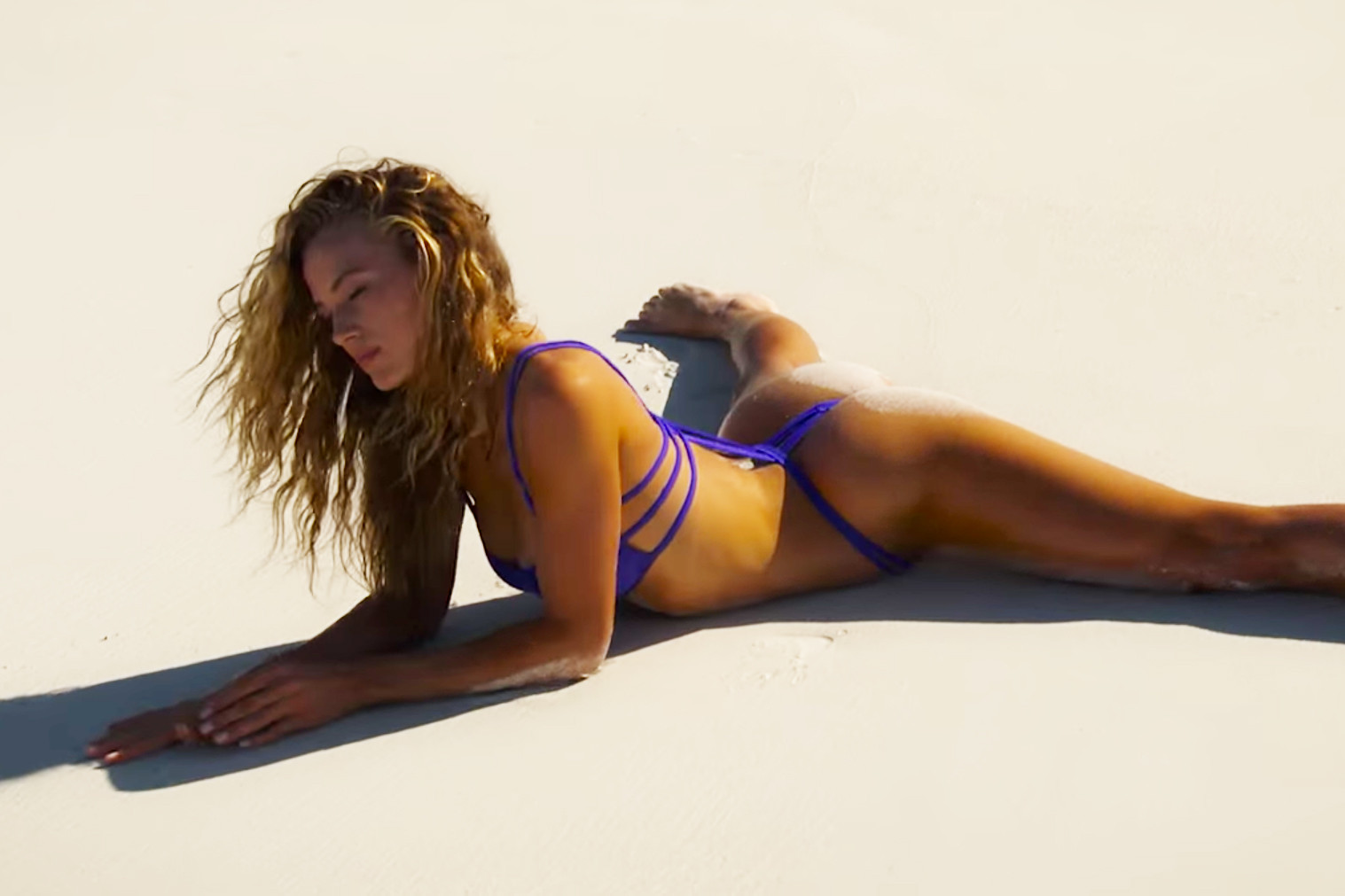 hannah-ferguson-2016-sports-illustrated-swimsuit-outtakes-0