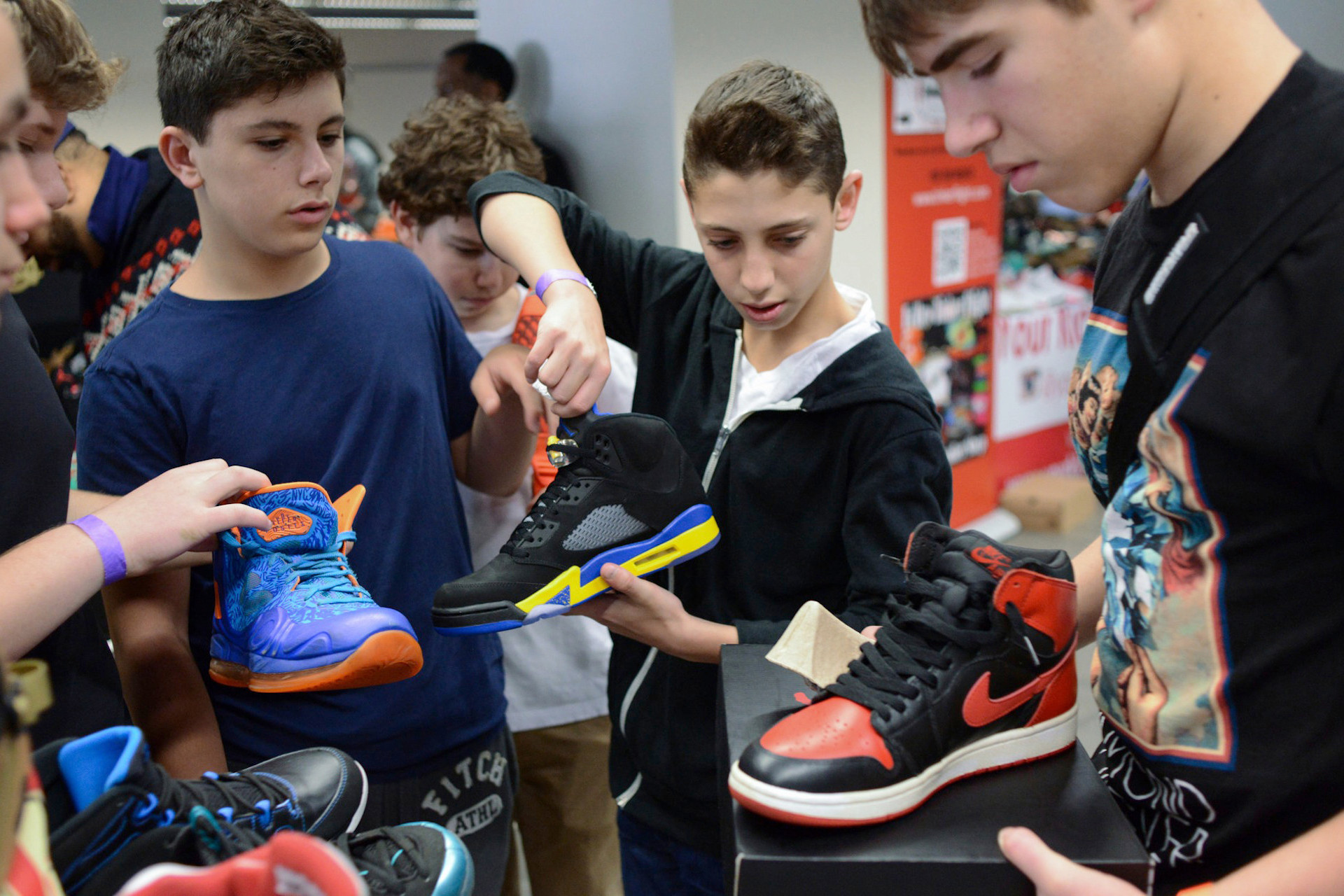 The Cons of Professional Sneaker