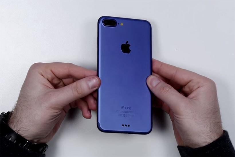 iphone-7-plus-blue-unboxing-video-0
