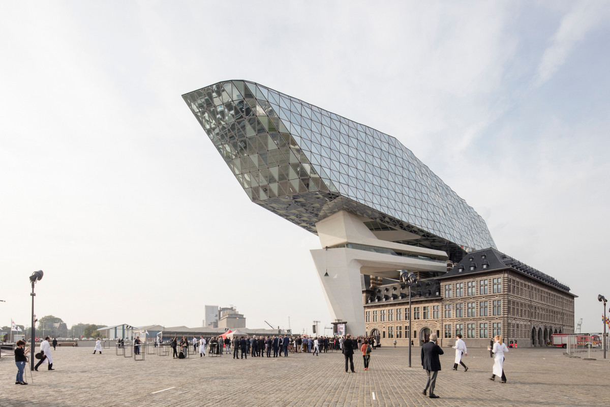 Digitally-Inspired Architecture