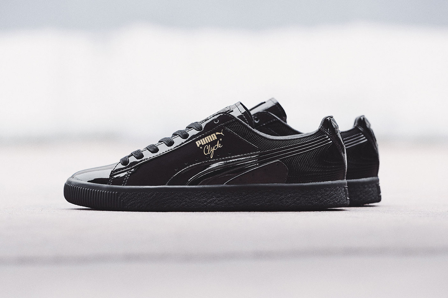 PUMA Clyde Wraith sneaker shoe lowtop patent leather e5a72b5ad