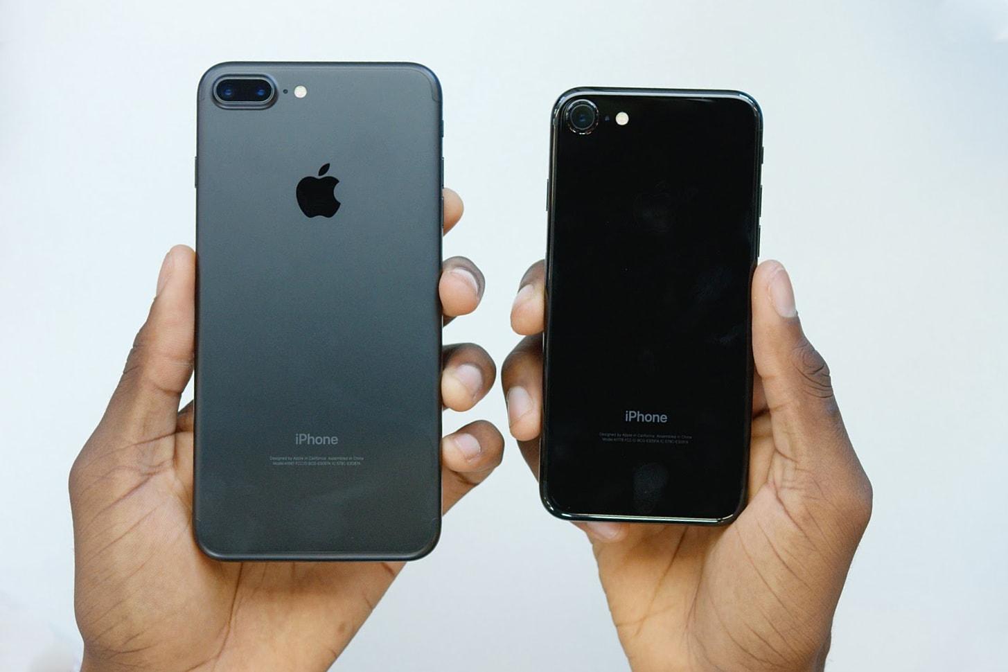 unboxing-iphone-7-jet-black-matte-black-000