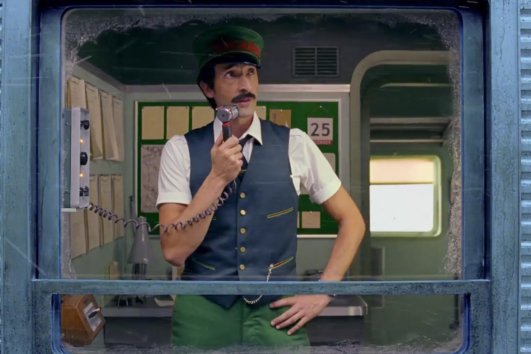wes-anderson-hm-2016-christmas-ad-video-0