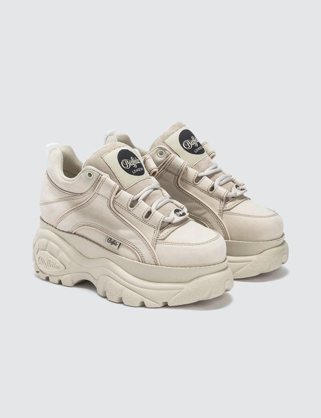 Buffalo London - Buffalo Classic Cream Low Top Platform Sneakers  01a11a8627f00