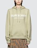 Burberry Logo Hoodie Picutre