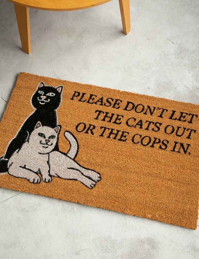 RIPNDIP Don''t Let The Cops In Door Mat