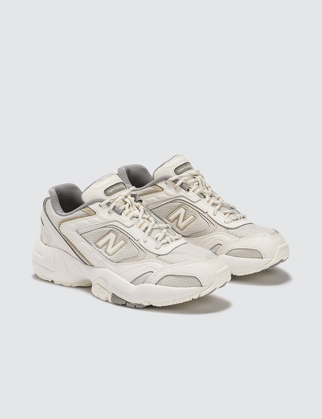 New Balance 452