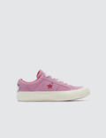 Converse Hello Kitty One Star Youth Picutre