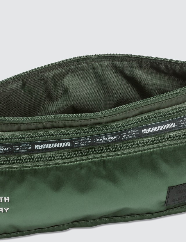 NEIGHBORHOOD NEIGHBORHOOD x Eastpak Sling Bag