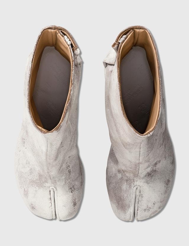 Maison Margiela Tabi Dark Earth Dye Ankle Boots Dark Earth/white Women