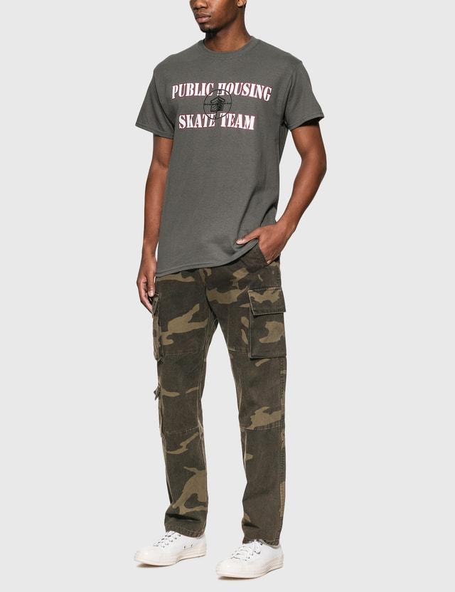 Public Housing Skate Team 로고 티셔츠 Grey Men