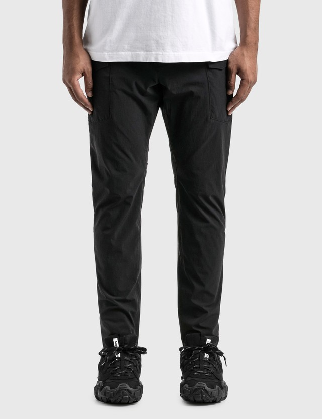 White Mountaineering Side Big Pocket Pants