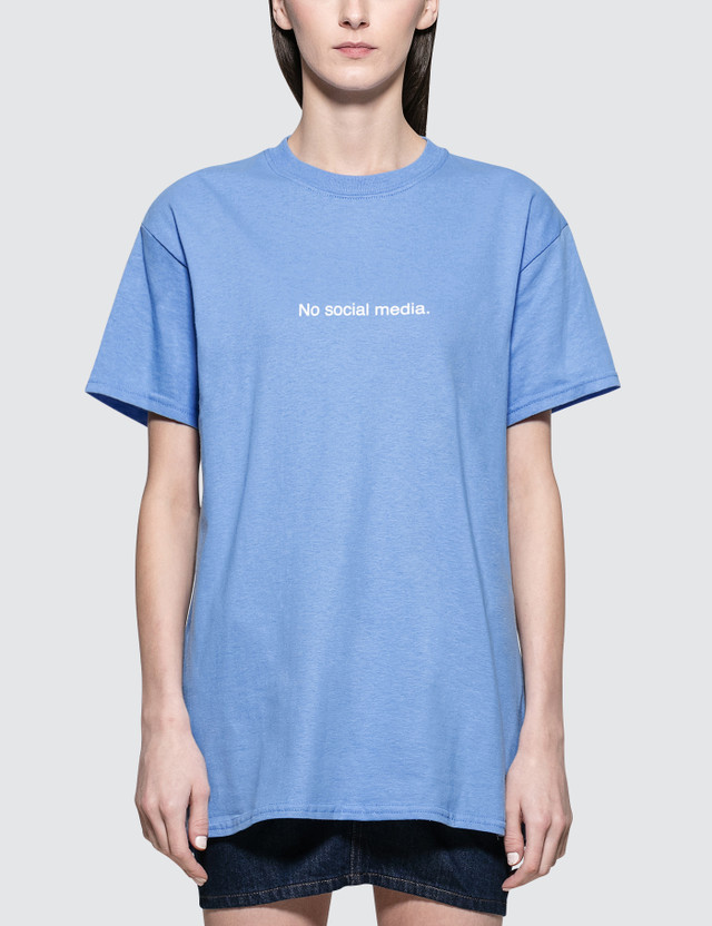 Fuck Art, Make Tees No Social Media. Short Sleeve T-shirt