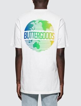 BUTTER GOODS   Butter Goods Gradient Worldwide Logo T-Shirt   Goxip