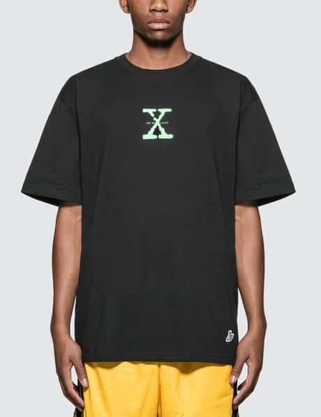 4794f5a85089  FR2 · The Sex Lifes T-Shirt