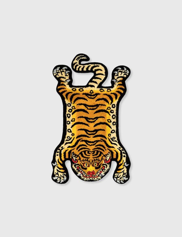 RAW EMOTIONS Small Tibetan Tiger Rug