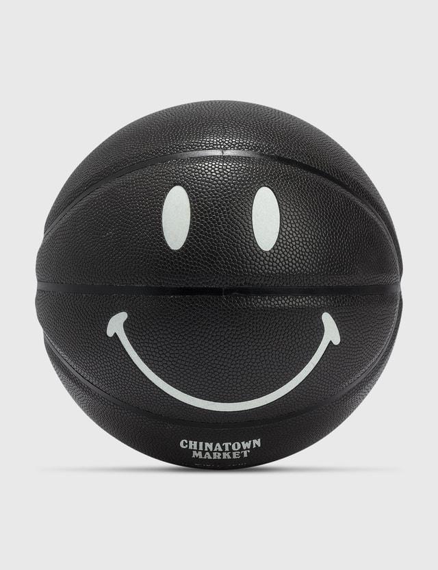 Chinatown Market Smiley Glow In The Dark Basketball