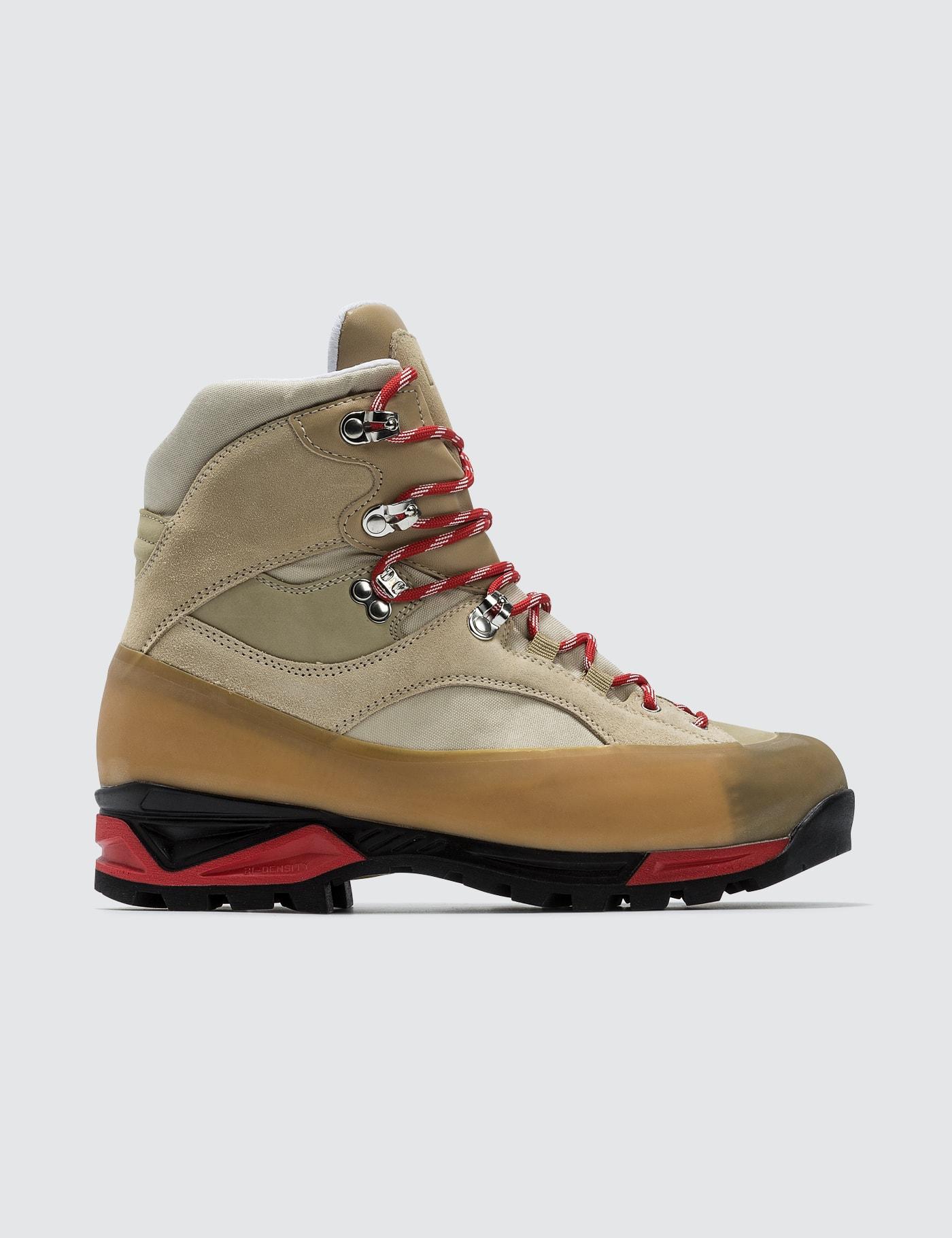 Sarai Boots