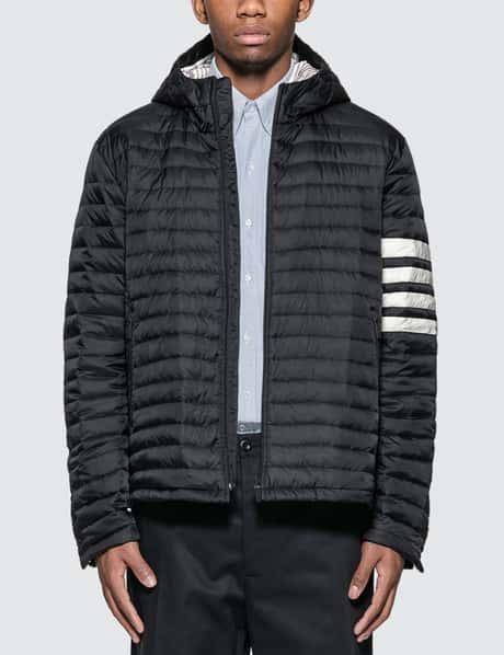 탐 브라운 Thom Browne 4 Bar Stripe Down-filled Quilted Hooded Jacket