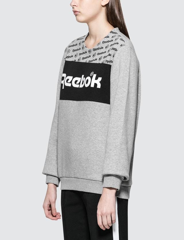 Reebok GR Crewneck Sweatshirt