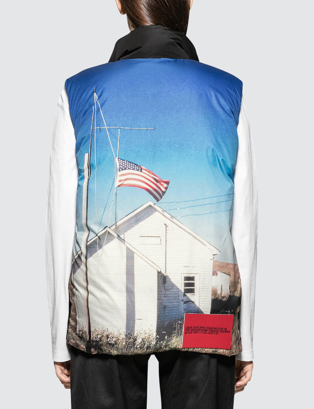 CALVIN KLEIN JEANS EST.1978 Back Printed Down Puffer Vest