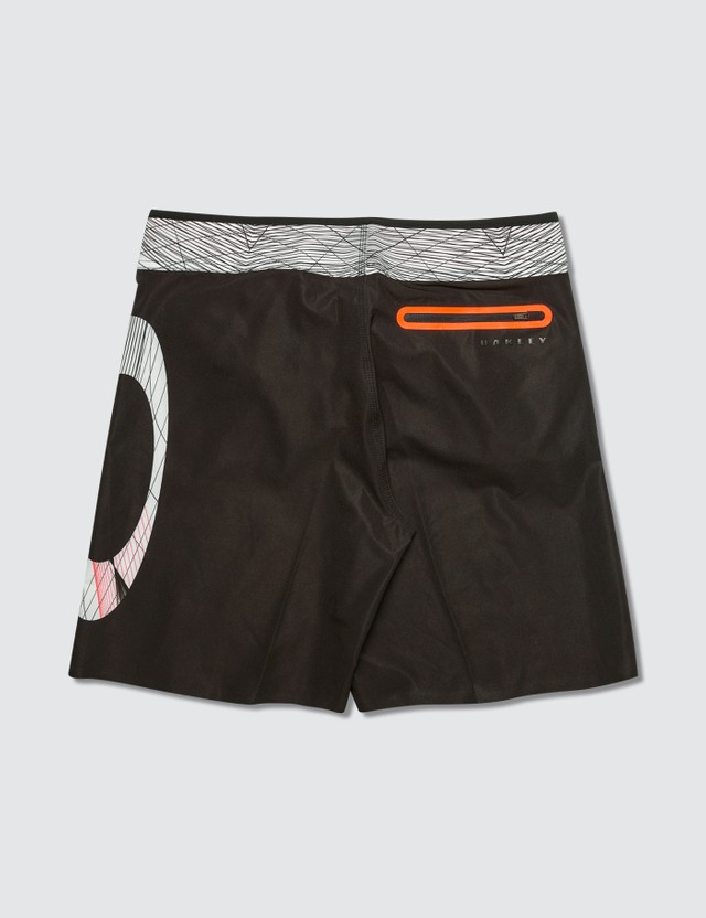 Oakley Graphic Print Geo Ellipse Short