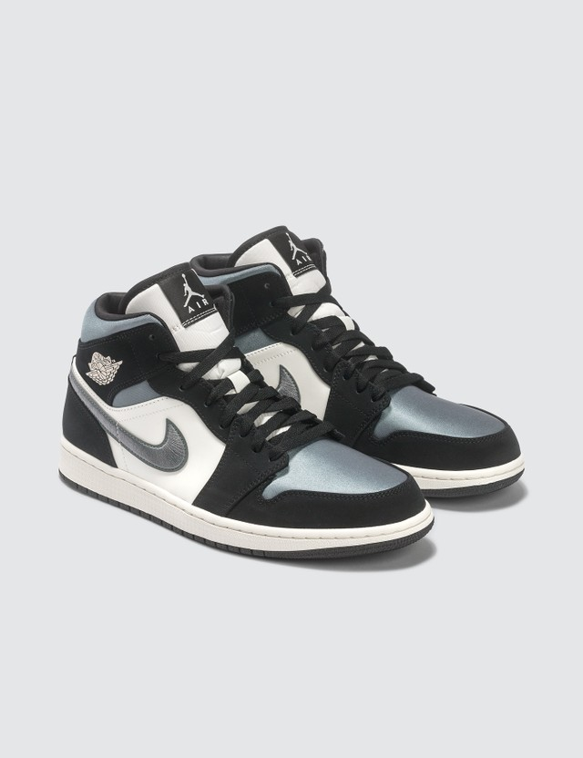 Jordan Brand Nike Air Jordan 1 Mid SE
