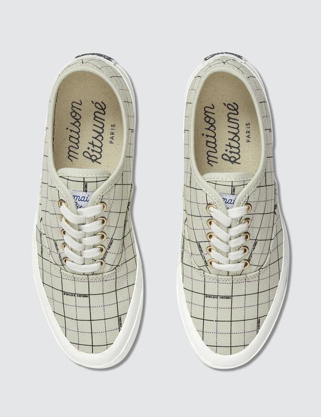 Maison Kitsune Maison Kitsune Laced Sneakers