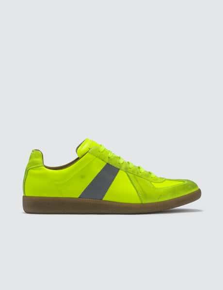 bd98f161518 메종 마르지엘라 '독일군' 레플리카 네온 Maison Margiela Replica Low Top Sneaker