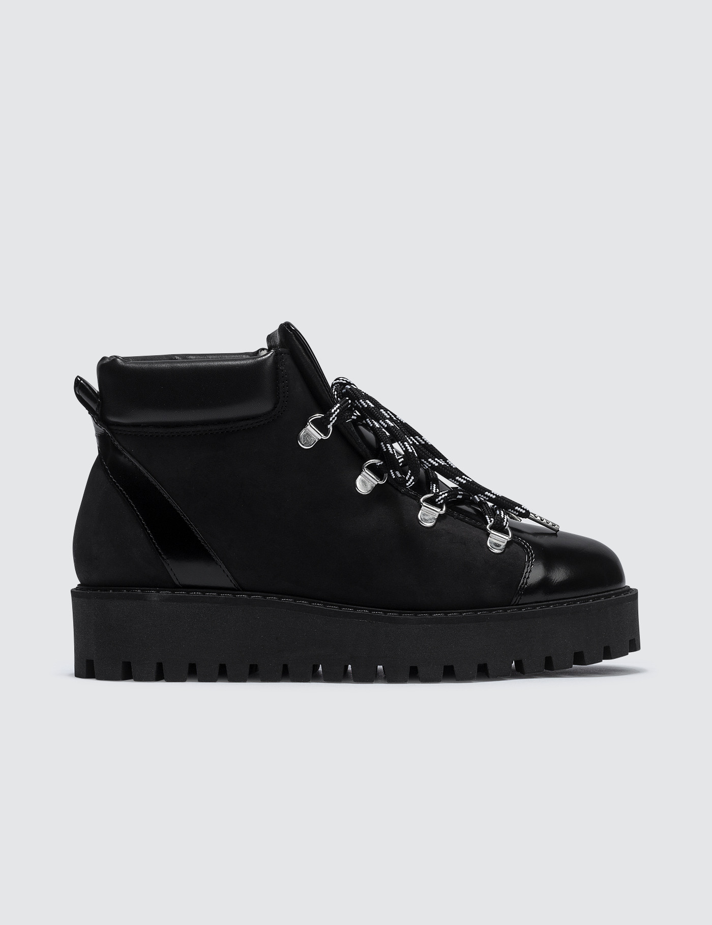 Alma Boots