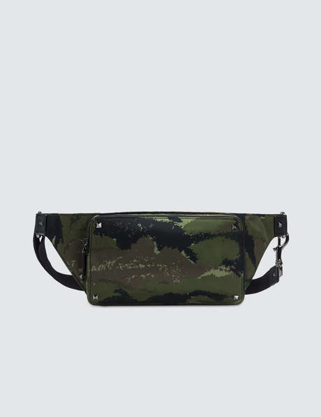 발렌티노 Valentino Camo Rock Stud Waist Bag