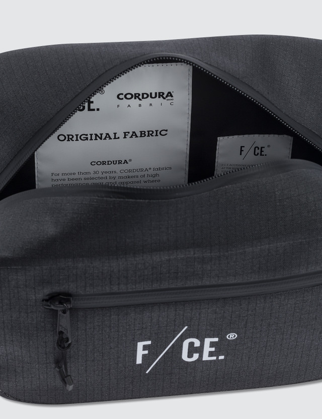 F/CE No Seam Waist Bag