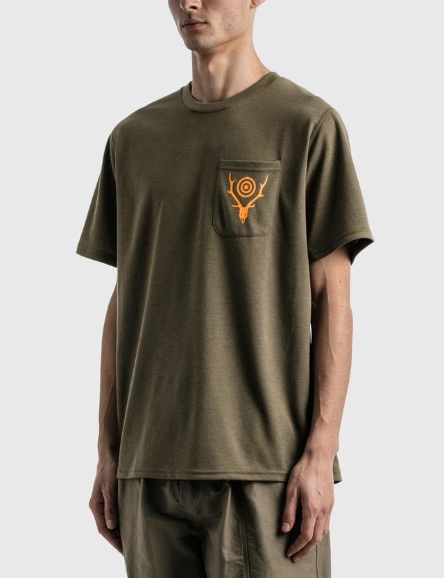 South2 West8 Round Pocket T-shirt Olive Men