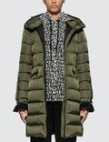 Moncler Betulong Down Jacket Picture