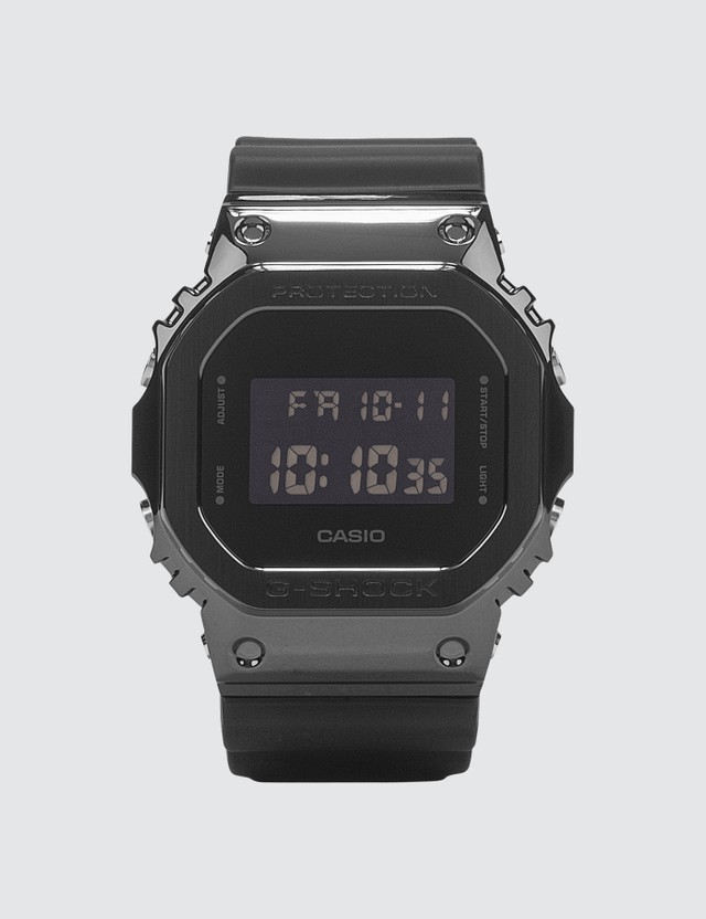 G-Shock GM-5600B-1DR